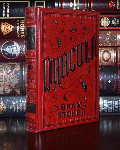 dracula-bram-stoker-hardcover-leather_1_517fafa1c26d6a20357bbf9d88f00044
