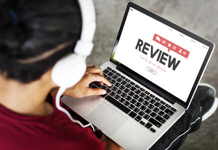 How To Handle A Negative Online Review of Your Senior Living Community